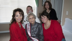 Miller enjoys her day with family and friends at the Gardens of Clanton Assisted Living.