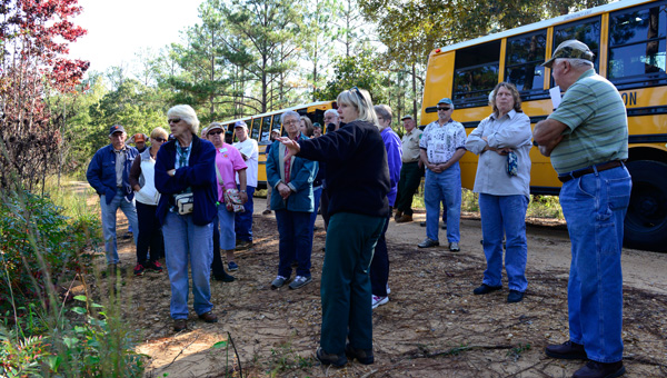 Taking a tour: A forestry tour Monday was hosted by the Chilton County Forestry Planning Committee with help from the U.S. Forest Service. The tour featured the work being done in the Oakmulgee District of the Talladega National Forest. (Photos by Glenn Littleton and Gary Mitchell)