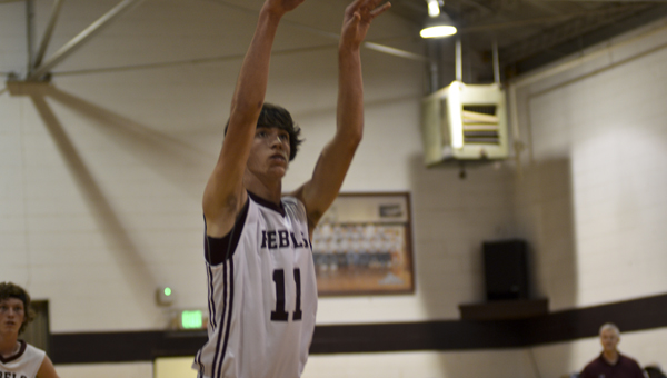 Thorsby's Bradley Stange concentrates after shooting a free throw. (Photo by Anthony Richards)