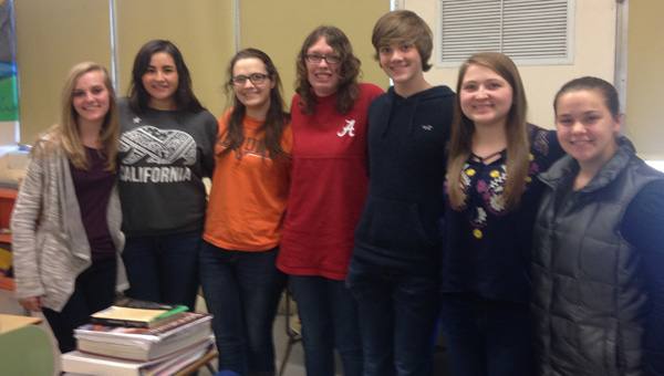 Making memories: The Chilton County High School yearbook staff includes Abbey Thornton, Leslie Gomez, Kyra Dotson, Rachel Mims, Brady Thornton, Brenda Golden and Rebecca Prather. Not pictured are Taylor Smitherman and sponsor Angela Wilson. (Photo by Leisl Lemire)