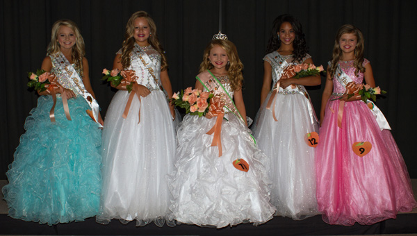 Queen and her court: Haggard's court included Karlee Cummings, fourth alternate; Alli Kate Calhoun, third alternate; Sophia Porter, second alternate; and Kalyn Smith, first alternate. (Photos by Brandon Sumrall)