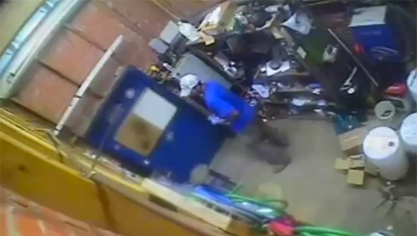 Help identify: A white male stole quarters on two occasions from a self-service car wash in Clanton, resulting in the loss of thousands of dollars for the business.