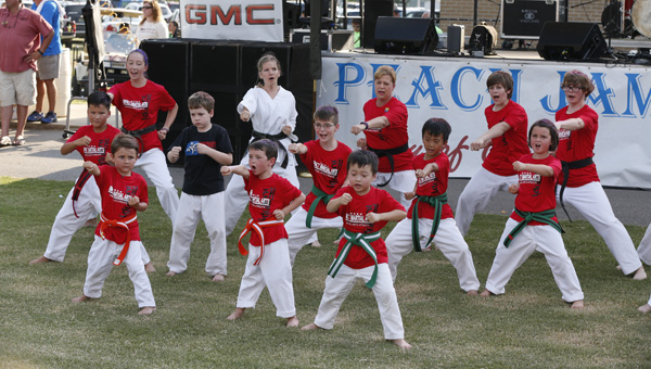 The 2016 Peach Jam included several acts, such as twirling, singing and even a karate performance for those in attendance. (Photo by Brandon Sumrall / Special)